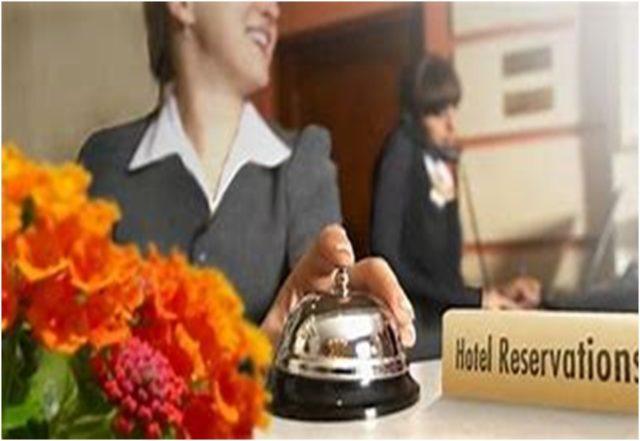 ホテルの部屋を英語で電話予約しよう